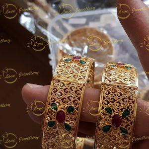 Bangles - golden bangles - bracelet - wholesale Pakistani jewellery - bespoke Pakistani jewellery