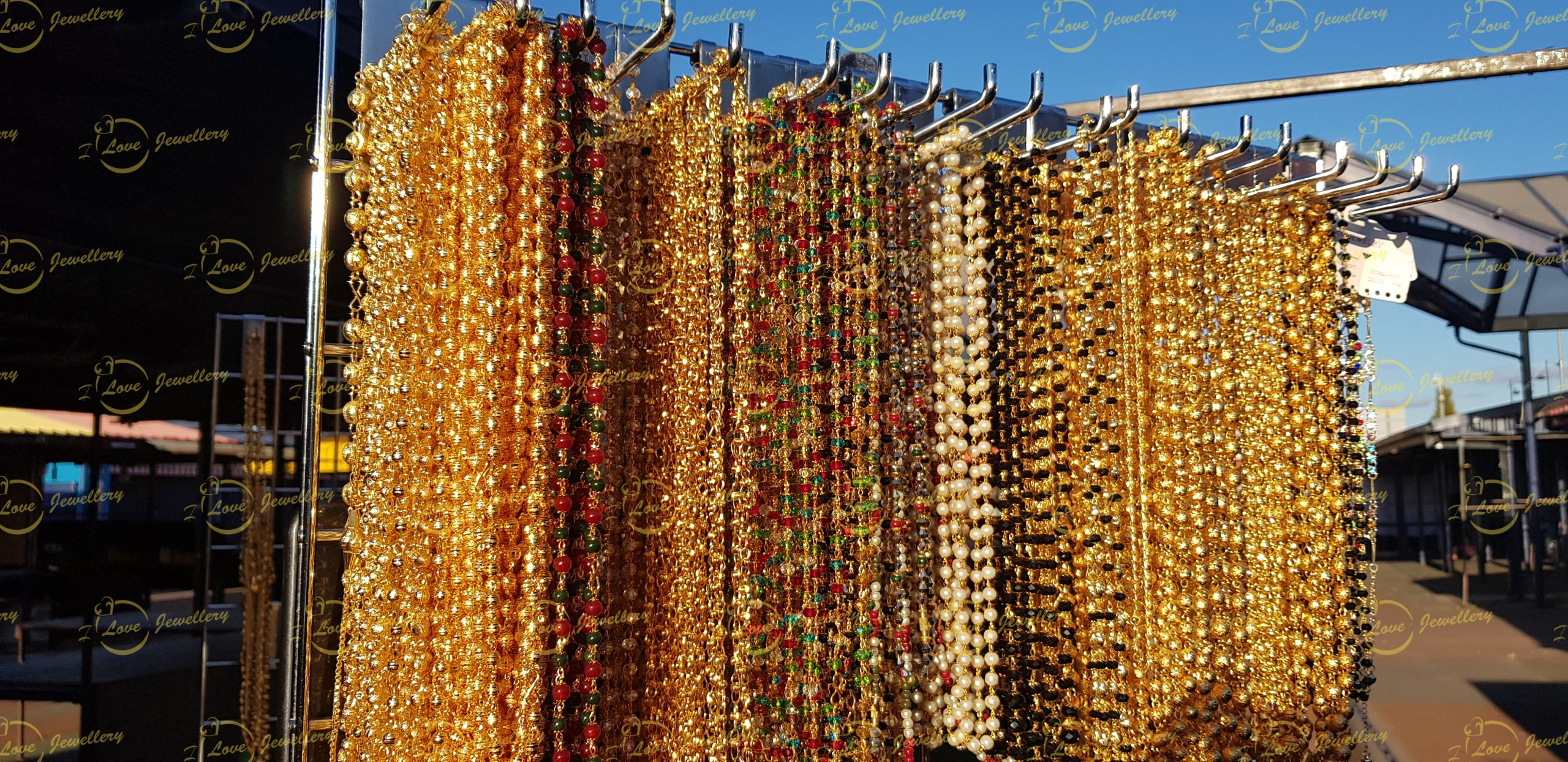 Fashion chain- green maroon chain - multi chain - golden chain - beaded chain -mehndi chain - golden chain - maroon chain - pearl chain - wholesale Pakistani jewellery - bespoke Pakistani jewellery - Pakistani wedding jewellery - Pakistani bridal jewellery