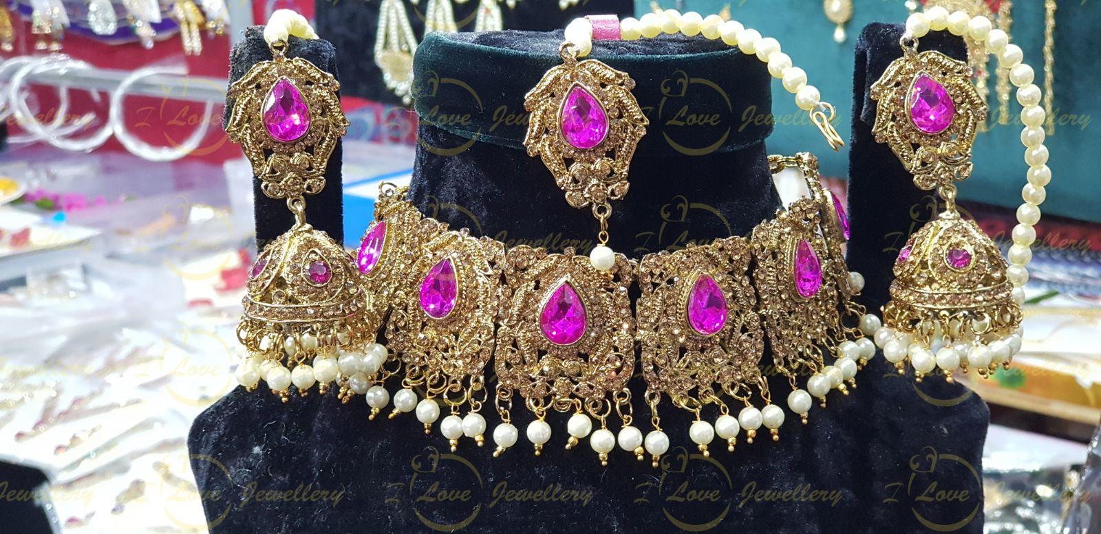 Pakistani choker - shocking pink choker - mehndi choker - bridal chokers - wedding choker necklace- golden choker - pearl choker - wholesale Pakistani jewellery - bespoke Pakistani jewellery