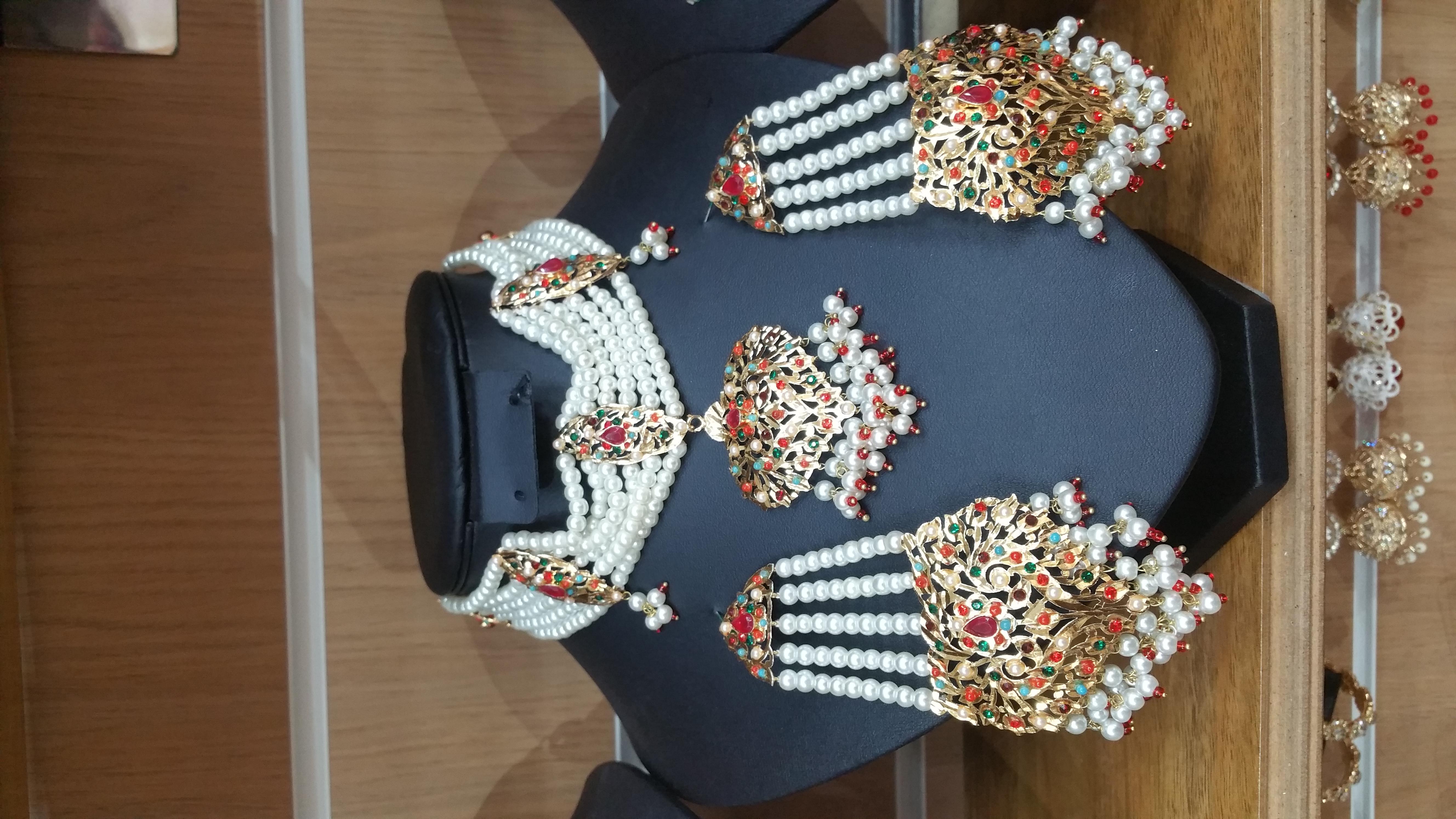hydrabadi choker - multi choker - wholesale Pakistani jewellery - bespoke Pakistani jewellery