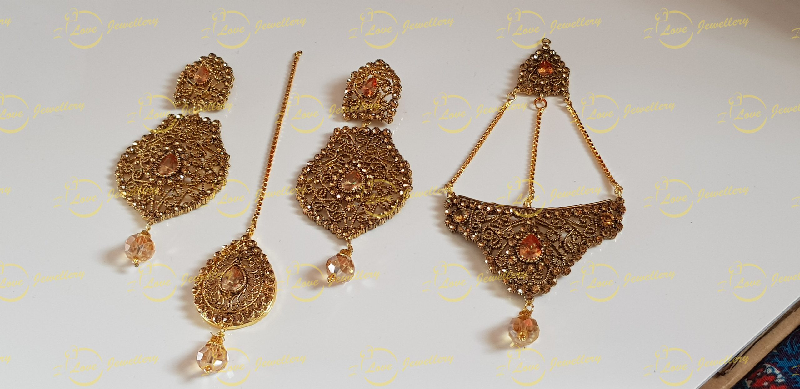 jhoomar tikka earrings set - bridal jewellery - wedding jewellery - wholesale Pakistani jewellery - bespoke Pakistani jewellery