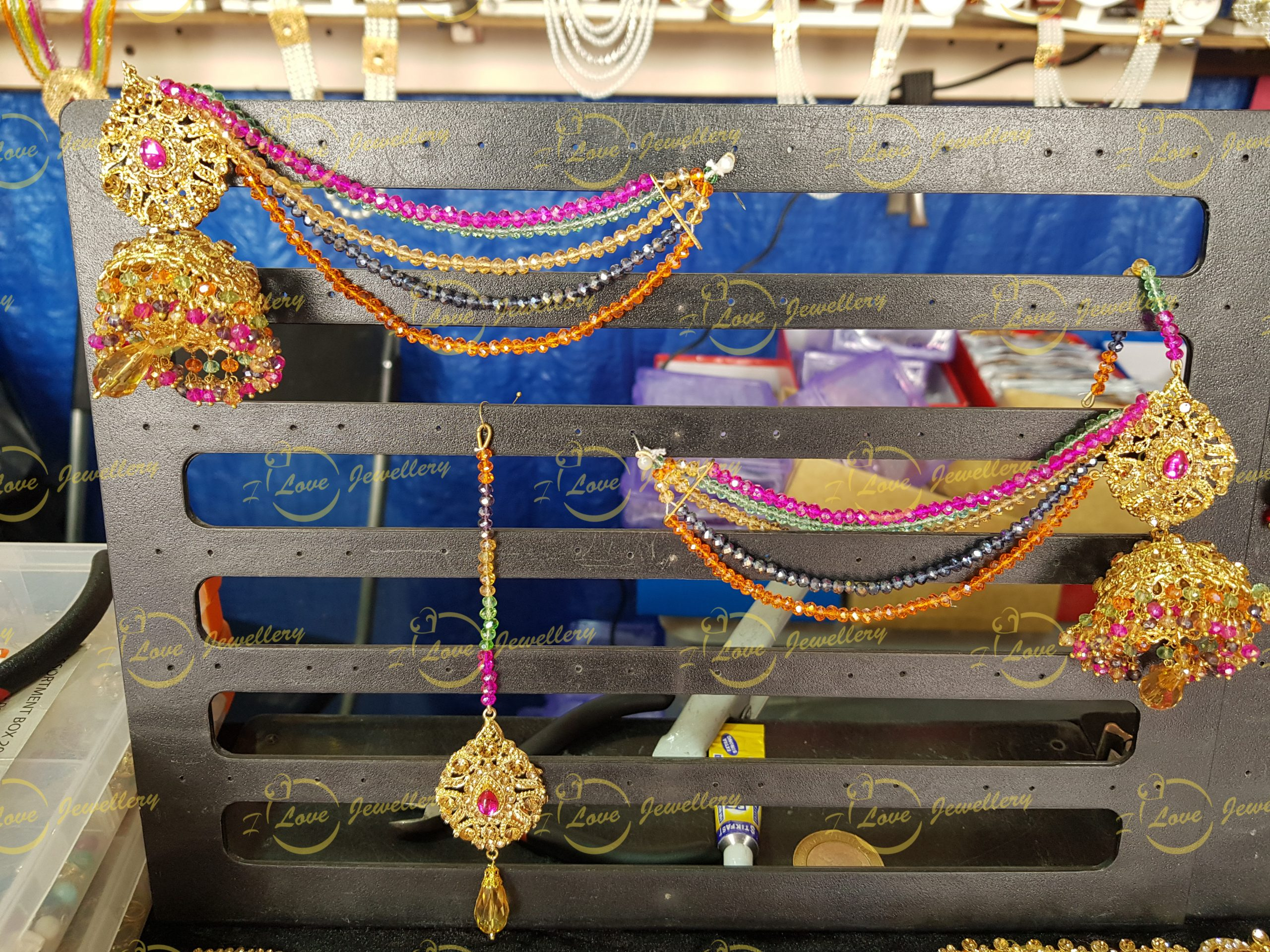 Jhumki earrings - saharay earrings - mehndi earrings - mehndi jewellery - bridal earrings- wedding earrings- wholesale Pakistani jewellery - bespoke Pakistani jewellery