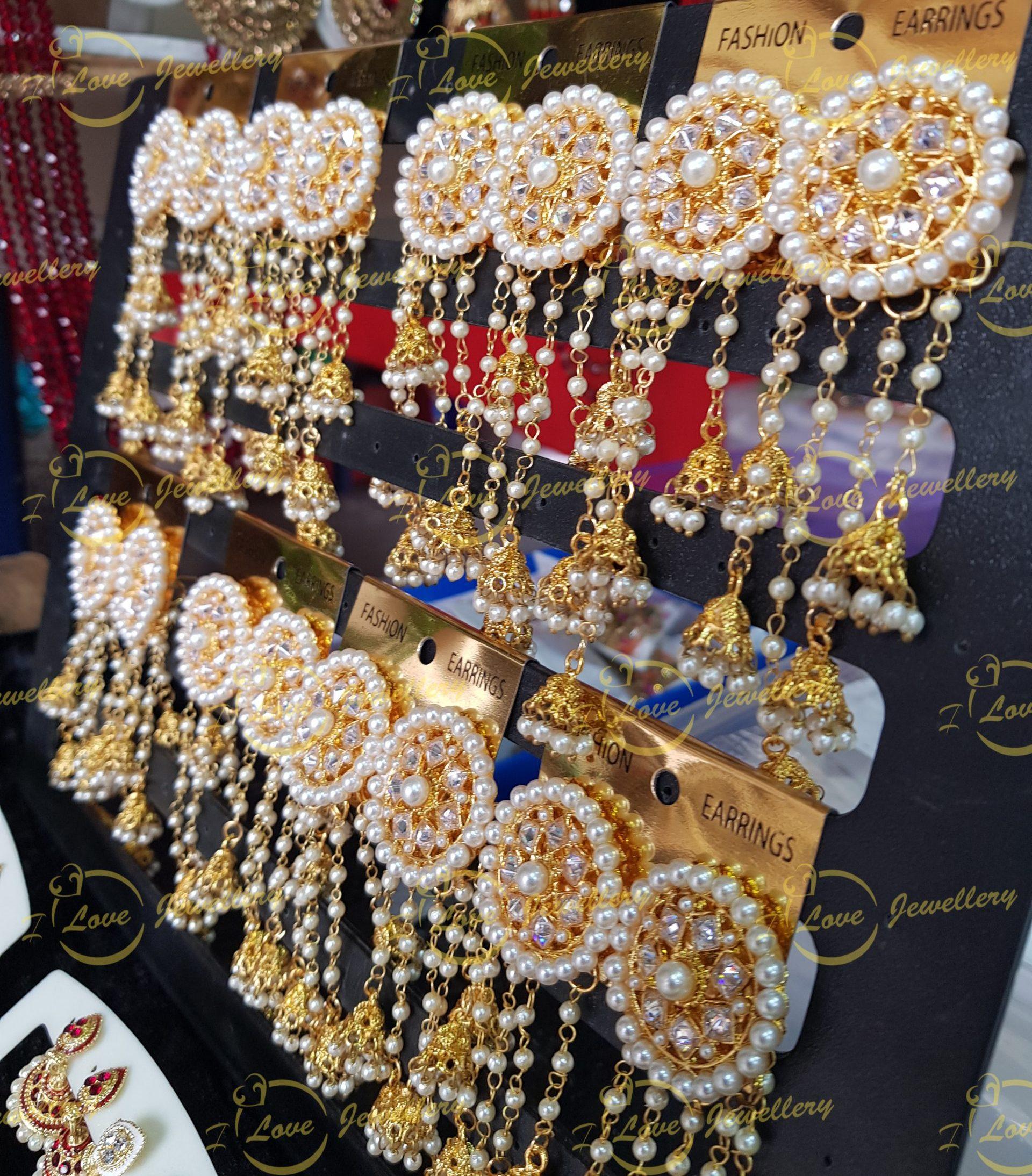 long earrings - bahu bali earrings - golden earrings - bridal earrings - wedding earrings - party earrings - wholesale Pakistani jewellery - bespoke Pakistani jewellery