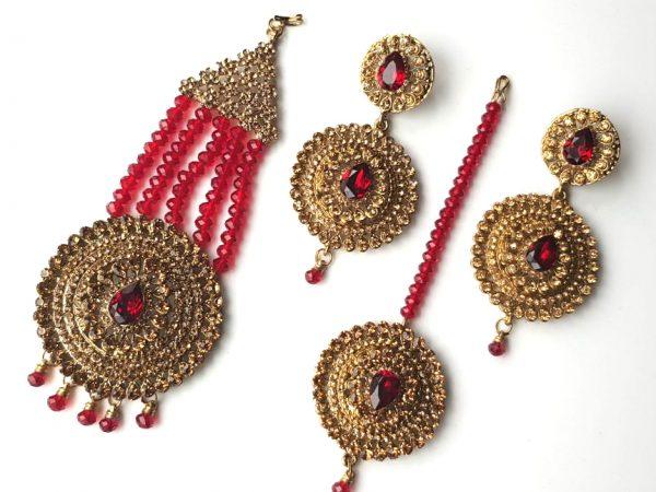 Jhoomar Tikka Earrings set